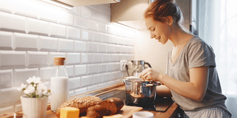 Learn how to cook mindfuly and enjoy it daily