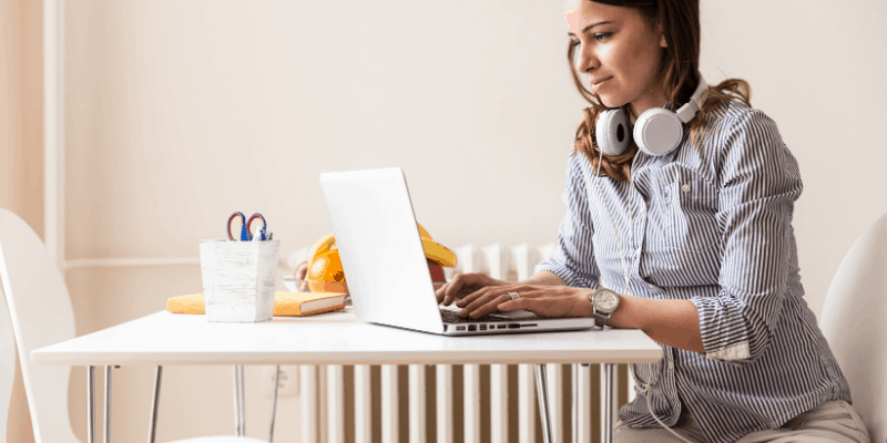 Making money as a new blogger shouldn't be your main focus