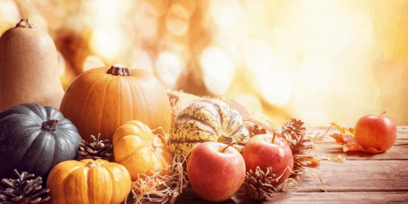 thanksgiving-pumpkin-apples-squash-arrangement