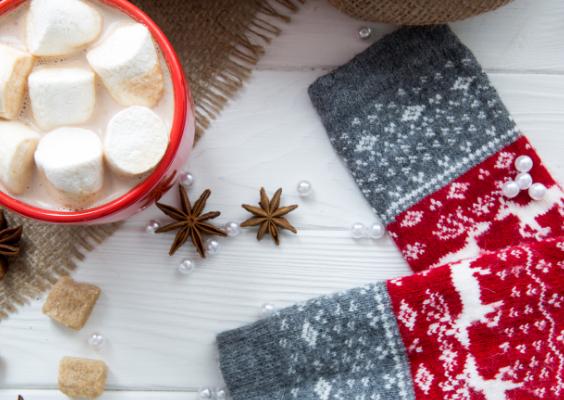 christmas-eve-drinks-socks-arrangment