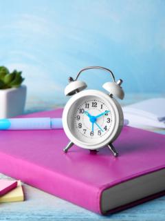 colourful-clock