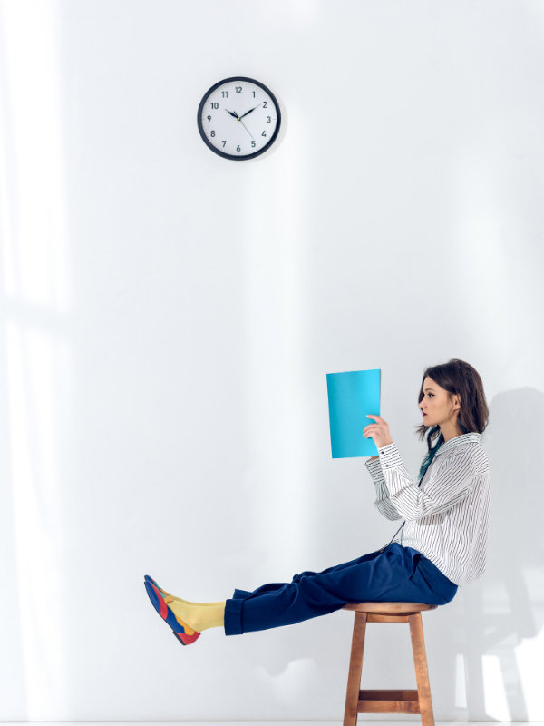 woman-reading-in-a-funny-way